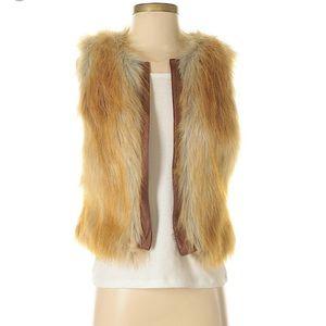 Sanctuary Faux Fur Vest Size Small
